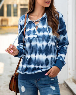 Ombre Design Lace-Up Hooded Sweatshirt