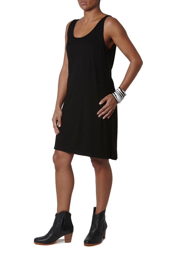 Dress with elastic detail at back - Black