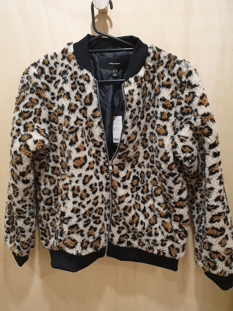 Leopard pattern Teddy Jacket.