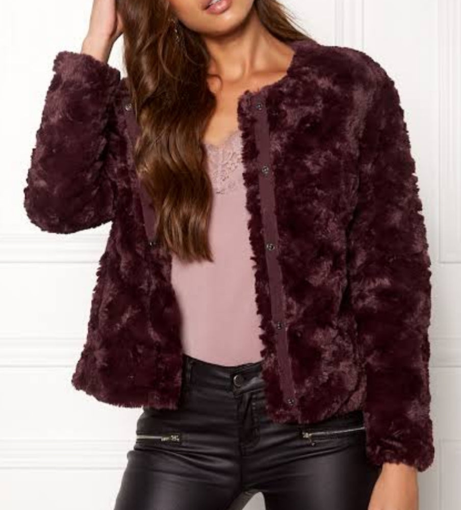 Faux Fur Curly Jacket-Bordeaux