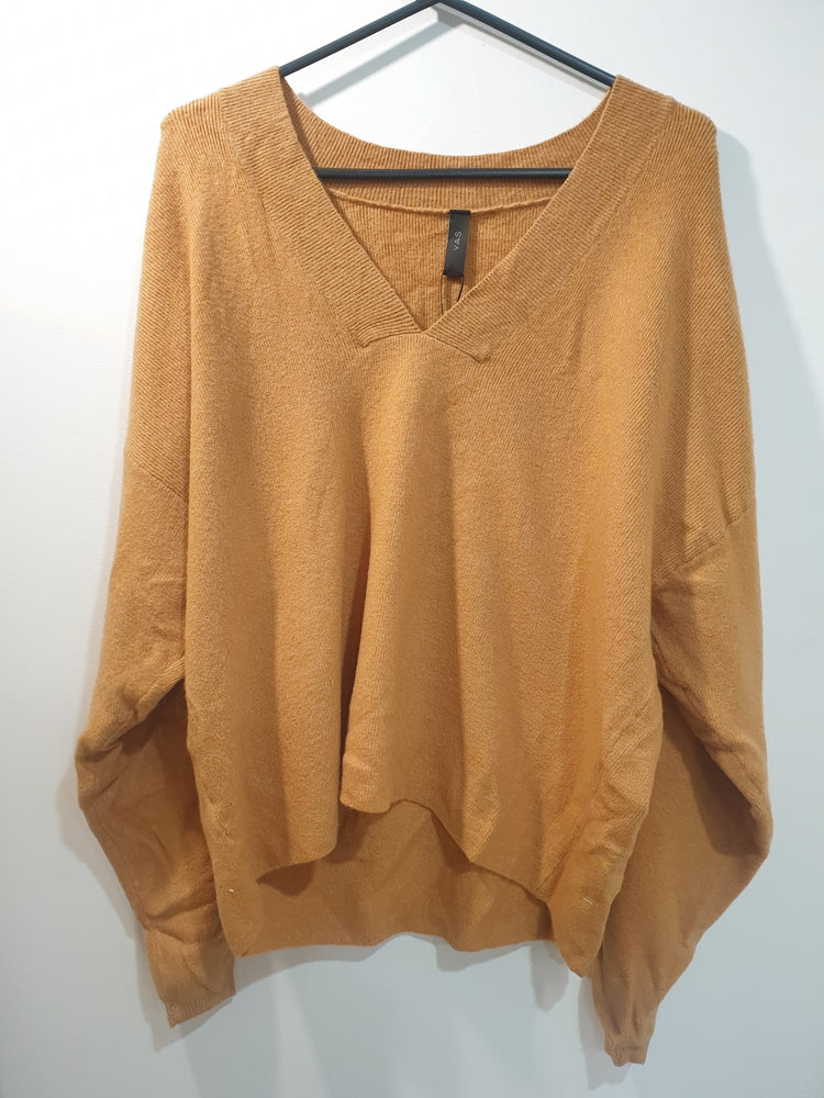 Soft v-neck jumper