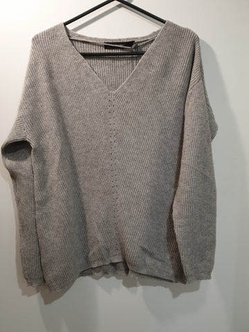 V-Neck soft jumper - Grey
