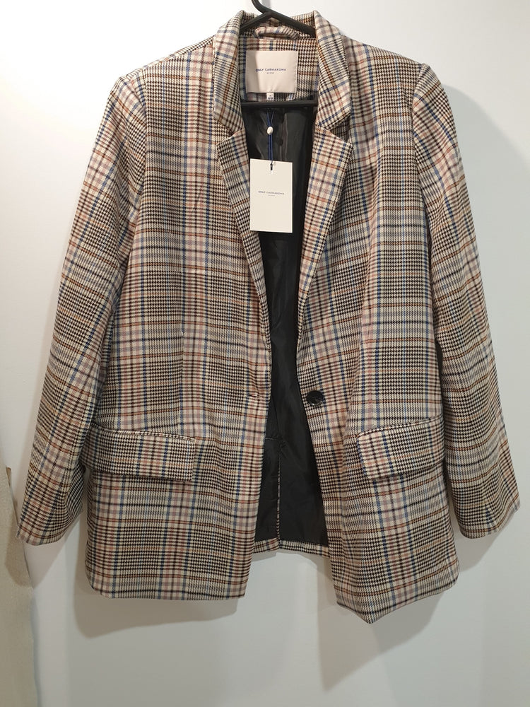 Check Trendy Jacket sz 16-18