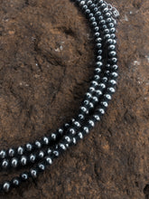 Load image into Gallery viewer, 4mm Navajo pearl choker