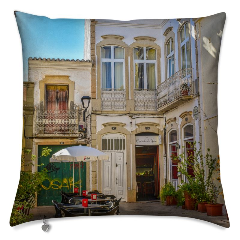 Loule Artists' Quarter Pillow