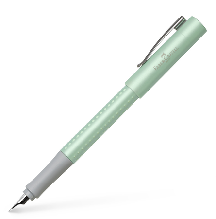 Fountain pen Grip Pearl Edition F mint