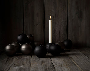 The Orb Candleholder, black
