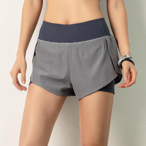 【Buy 2 FREE SHIPPING 】2-in-1 ACTIVE SHORTS-49%OFF