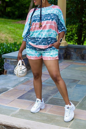 Batwing Sleeve Pocket Plus Size Top & Shorts