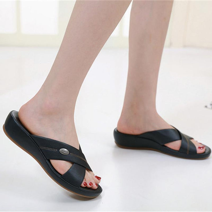 Women's soft soles casual summer soft bottom large size wedges slippers buckle cross outer shoes beach shoes
