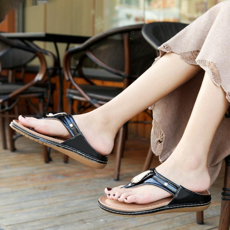 Women Casual Crystal Flat Shoes Summer Non-slip Flip Flops Slippers Ladies Outdoor Beach SandalsFemale New Design Slippers
