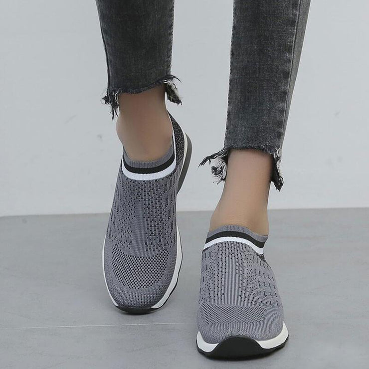 Women's Flyknit Fabric Hit Color Slip On Platform Sneakers