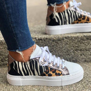 Women's Lace Up PU Pannel Round Toe Casual Sneakers