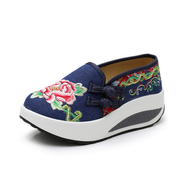 Women's Ethnic Style Embroidered Cloth Cushioned Sole Soft Sports Shoes