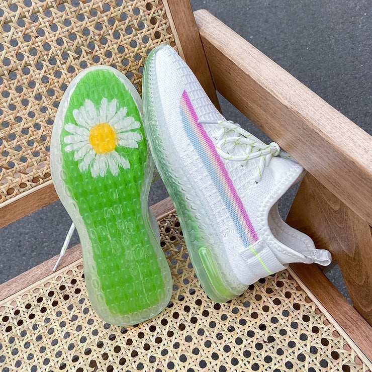 Women's Breathable And Soft Flying Daisy Sole Sneakers