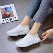 Women's Large Size Soft Solid Color Flying Knit Sneakers