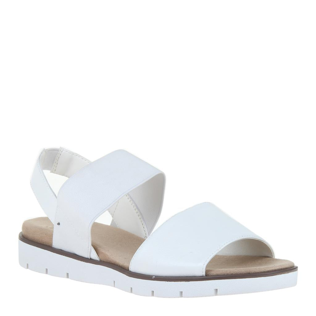 MADELINE - SENTIMENTAL in WHITE Flat Sandals