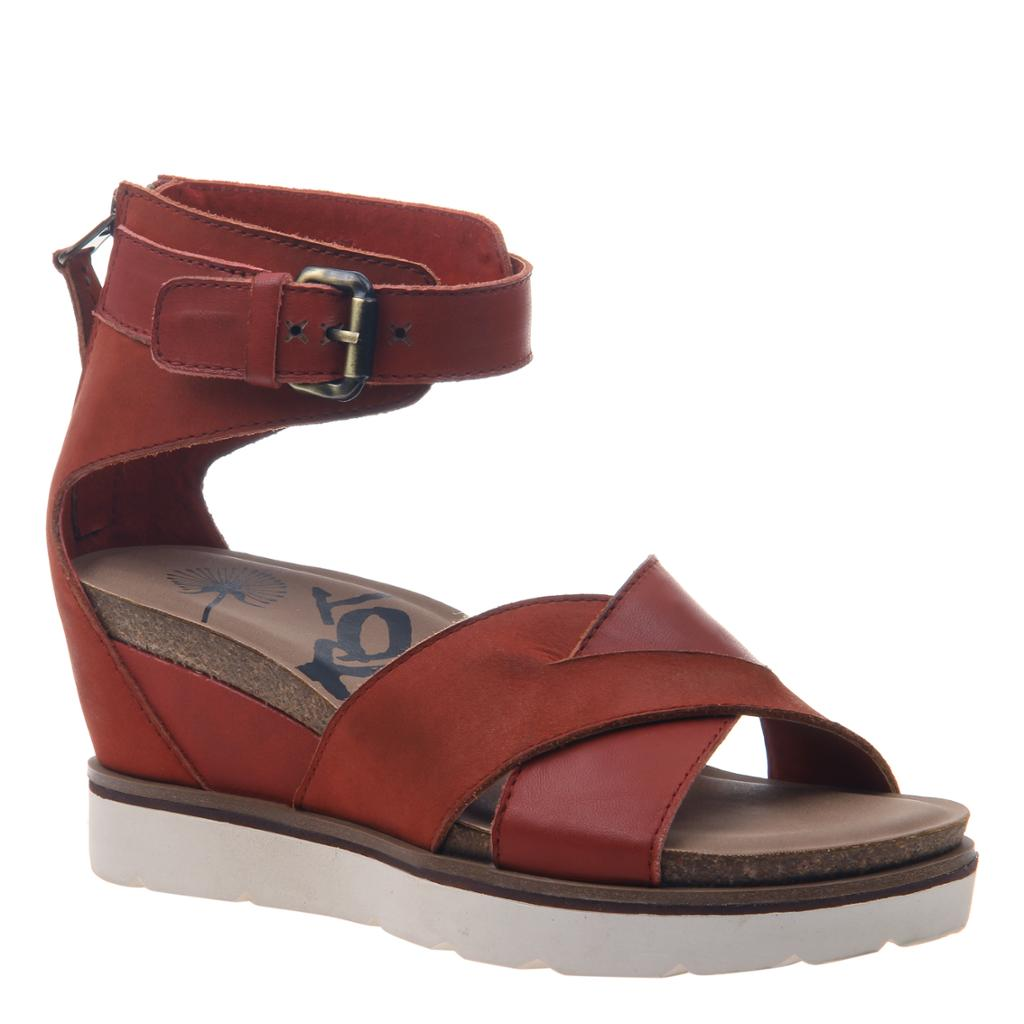 OTBT - TEAMWORK in APPLE Wedge Sandals