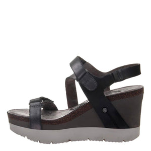OTBT - WAVEY in NEW BLACK Wedge Sandals
