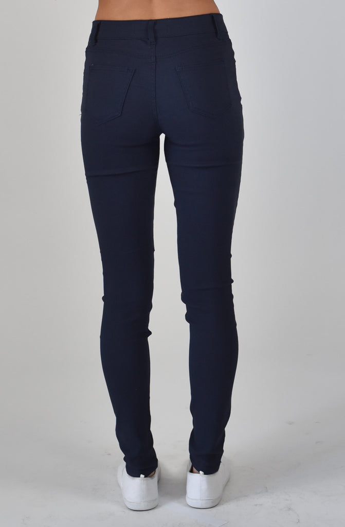 Carousel essentials Super Stretch jean in Black