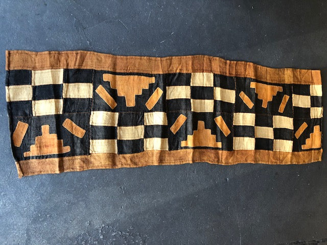Tribal Grass Table Runner - Check