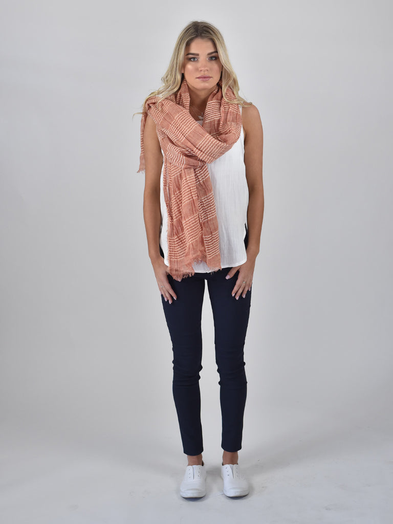 Carousel Essentials Ripple Scarf
