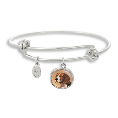 Woof! Keep your dog close to you with The Winky&Dutch Adjustable Band Bangle Bracelet featuring the beagle.
