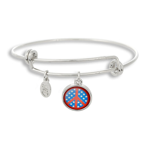 The USA stands for peace everywhere, and we show it proud with our special Winky&Dutch Adjustable Band Bangle Bracelet featuring the stars and stripes peace symbol!