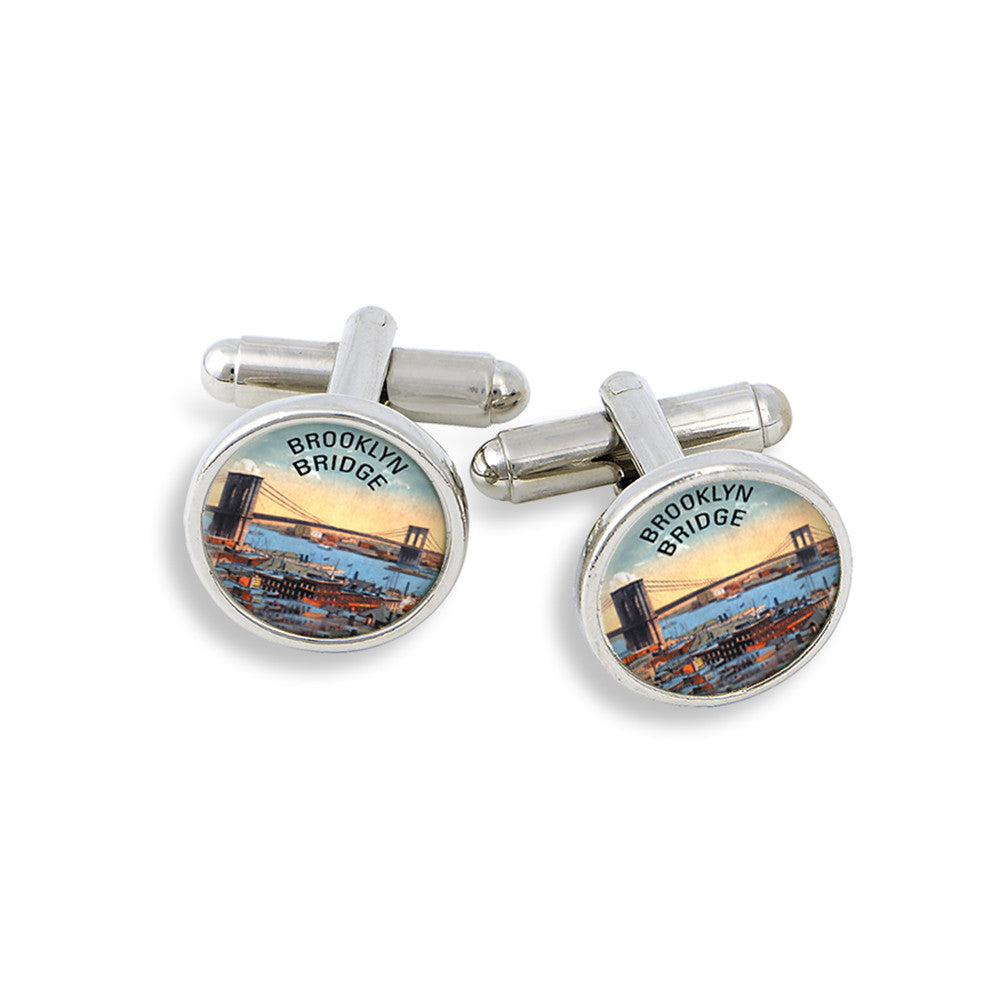SilverTone Cufflink Set featuring the Brooklyn Bridge
