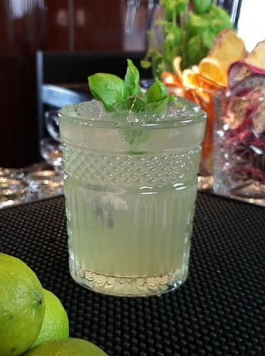 Gin Basil Smash - by Dyan Tjon - Barblog