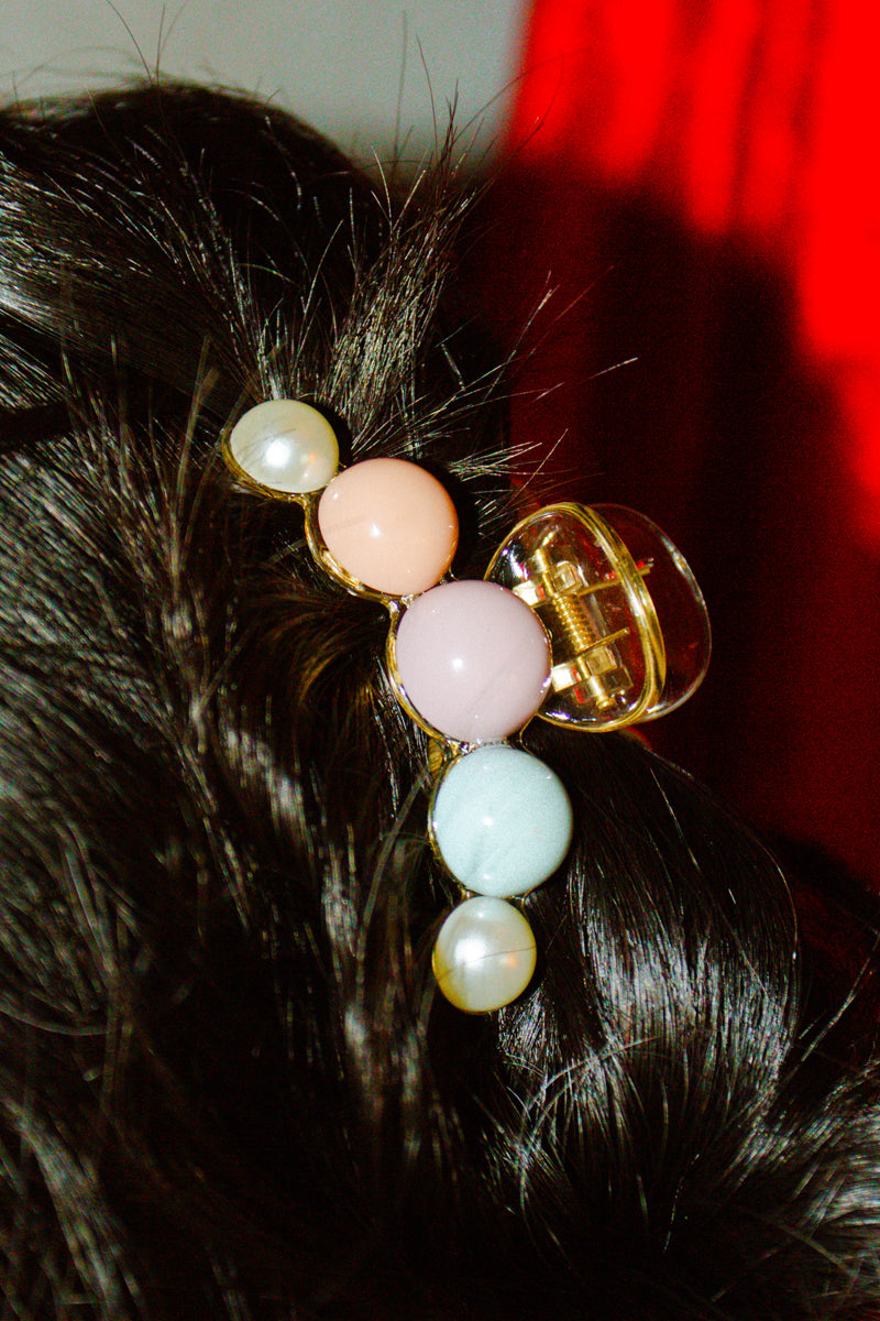 Anthropologie Flounder Claw Hair Clip in Pastel