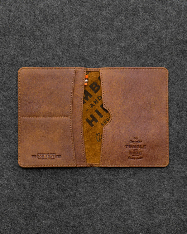 Yukon Leather Passport Holder