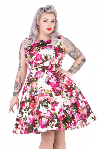 Hearts & Roses Plus Size Rosalind Dress Close Up
