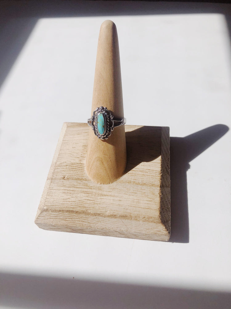 Vintage Sterling Silver Thailand Turquoise Ring Size 7.25