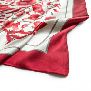 Lisse Kerchief in Ruby Red