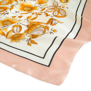 Lisse Kerchief in Amber
