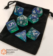 Load image into Gallery viewer, Blue and Green Resin Glitter 7pc Dice Set
