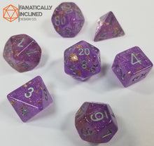 Laden Sie das Bild in den Galerie-Viewer, Purple with Gold Foil Resin Glitter 7pc Dice Set