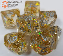 Laden Sie das Bild in den Galerie-Viewer, Gold Fragment Filled Resin 7pc Dice Set