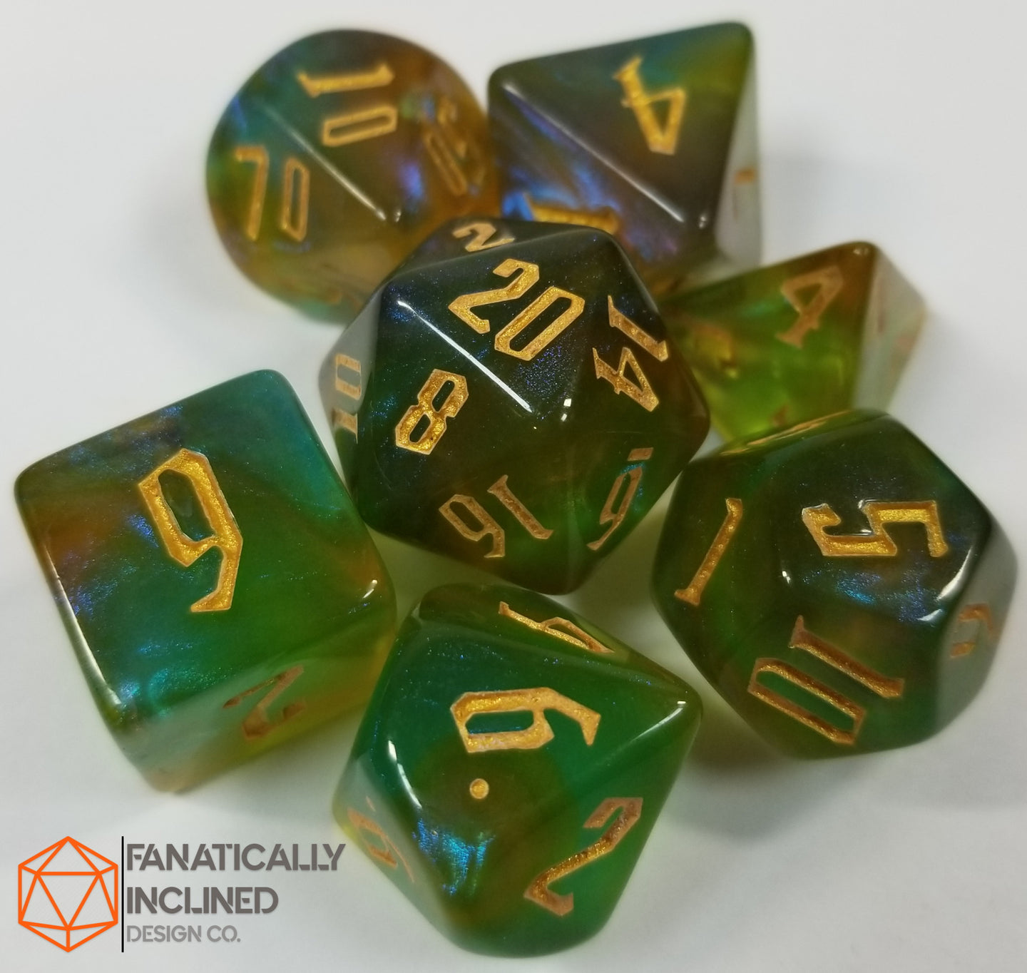 Tri Color Green Red Yellow Gold 7pc Dice Set