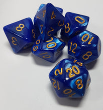Laden Sie das Bild in den Galerie-Viewer, Deep Blue Ocean Pearlescent 7pc Dice Set