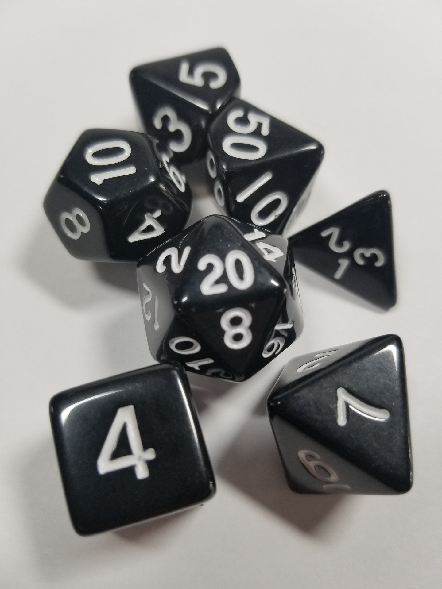 Black and White 7pc Dice Set