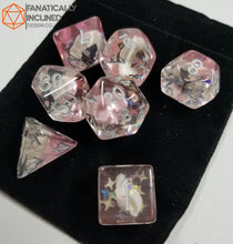 Laden Sie das Bild in den Galerie-Viewer, Pink Conch Resin 7pc Dice Set