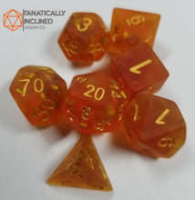 Carica l'immagine nel visualizzatore di Gallery, Frosted Orange Glitter Resin 7pc Dice Set