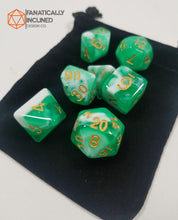 Laden Sie das Bild in den Galerie-Viewer, Limes and Cream w/Gold 7pc Dice Set