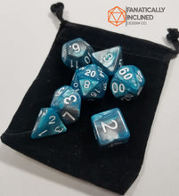 Laden Sie das Bild in den Galerie-Viewer, Teal and Grey Pearl 7pc Dice Set