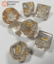 Load image into Gallery viewer, Clear Glitter 7pc Dice Set