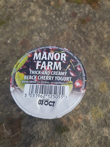 125g Manor Farm Black Cherry Yoghurt