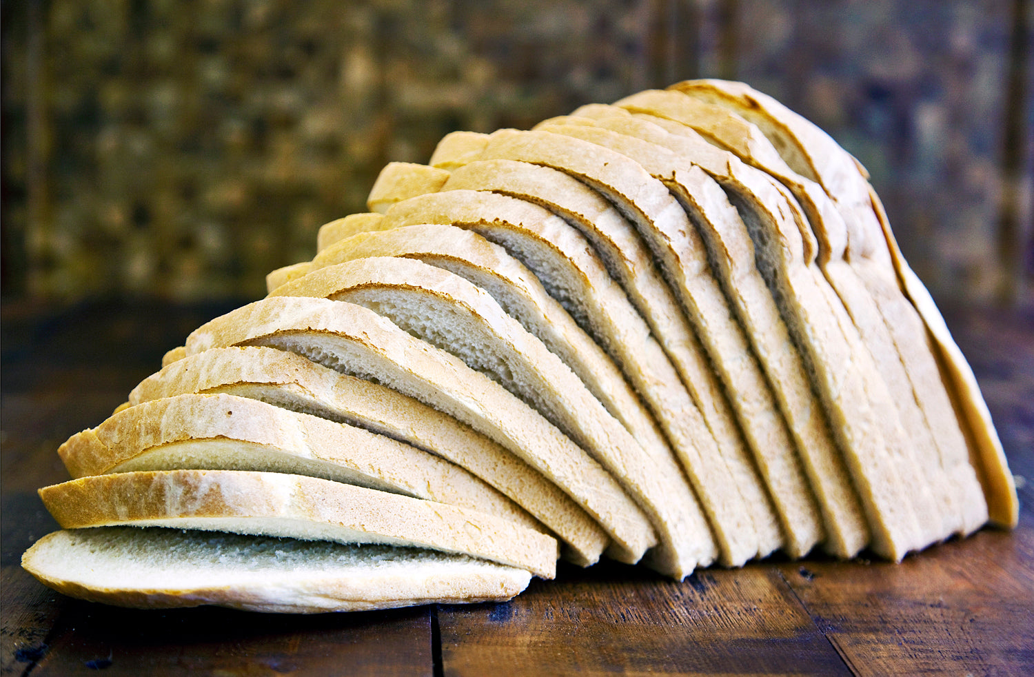 Large White Farmhouse Sliced Bread 800g