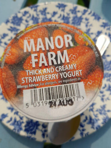Manor Farm Strawberry Yoghurt 125g